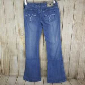 YMI Womens Flare Jeans Size 7 Juniors 32 Inseam